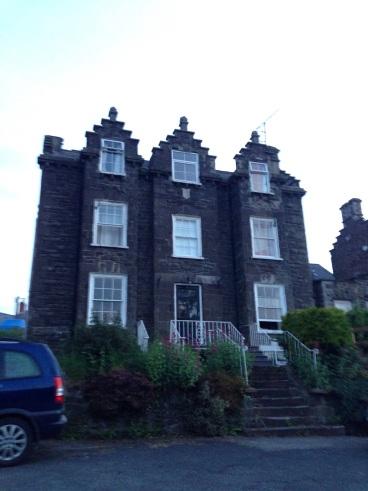 Llys Llewellyn Guest House