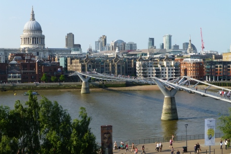 The Millenium Bridge across the Thames to St. Paul's Cathedral